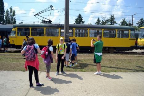 Prelungirea liniei de tramvai de-a lungul Peţei va fi făcută de Abed Nego (FOTO)