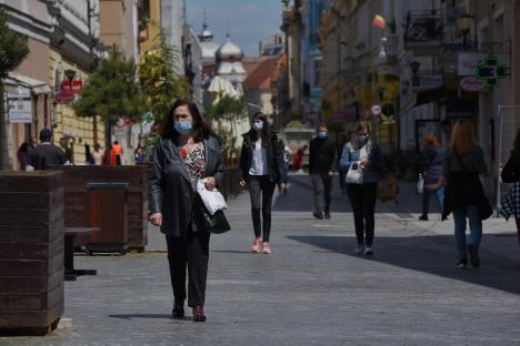 57 de cazuri noi de Covid în Bihor. Oradea se depărtează de scenariul verde spre cel galben, cu restricții mai aspre pentru HoReCa și spectacole