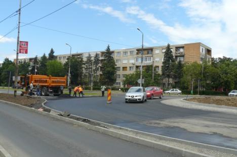 Selina repară pe propria cheltuială lucrările făcute de mântuială în Bulevardul Dacia