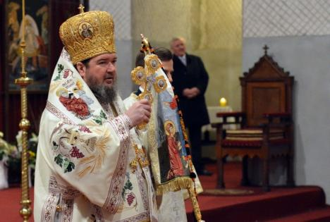 Mesajul PS Sofronie Drincec, episcopul Oradiei şi Bihorului, de Paşti: 'Lumea bolnavă şi suferindă de astăzi are mare nevoie de vestea cea bună!'