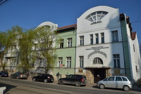 Tőkés şi alţi politicieni maghiari din ţară şi străinătate aduc la Oradea Consiliul Autonomiei Maghiare din Bazinul Carpatic