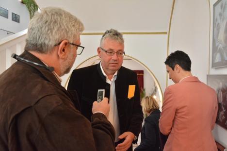 Pásztor Sándor, la prima apariţie după 'golirea' Aeroportului Oradea: 'Nu răspund la nicio întrebare. Vreţi să vă scoată din sală?'