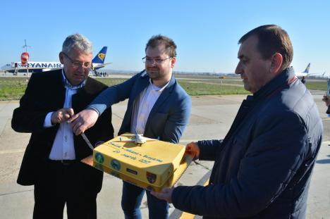 Sfidare şi tupeu: În ciuda obligaţiei legale, Consiliul Judeţean refuză să facă o conferinţă de presă pe tema Aeroportului din Oradea