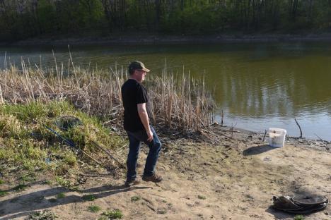 Pásztor, demisia! Imagini senzaționale cu momentul în care șeful CJ Bihor a fost prins sfidând restricțiile la pescuit (FOTO/VIDEO)