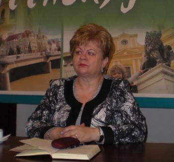 Deputatul UDMR Peto Csilla a cerut cetăţenia maghiară la Primăria Biharkeresztes