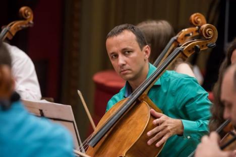 Celebrii Răzvan Suma și Ciprian Marinescu, din nou pe scena Filarmonicii Oradea