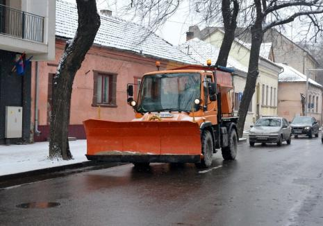 Zăpada mieilor, la Oradea: RER a ieşit la deszăpezit înainte de ora 7