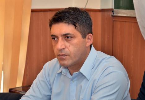 Schimbări de șefi în Poliția Bihor: Comisarul şef Radu Şandru de la Poliţia Oradea a devenit adjunct al şefului Inspectoratului