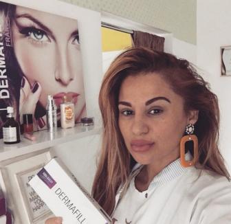 Ai trecut pe la ea? Du-te la un medic adevărat! Cine este falsa esteticiană din Oradea (FOTO / VIDEO)