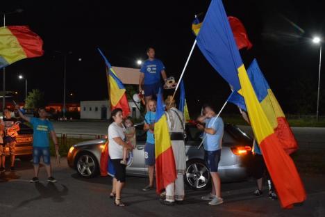 'Ne pasă de acasă!': Ce au povestit în Vama Borş românii din Diaspora, obligaţi să-şi caute împlinirile în afara ţării (FOTO)