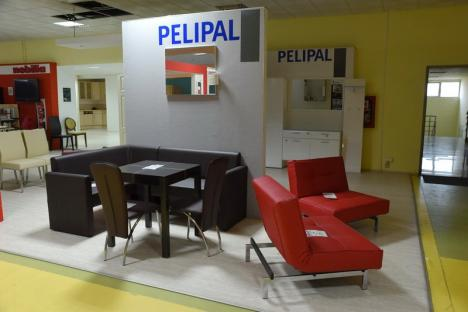 Lichidare de stoc la Romeur Home Concept: Poţi să-ţi cumperi, cu reduceri de până la 70%, mobilă de calitate produsă în România, Germania, Polonia şi Turcia (FOTO)
