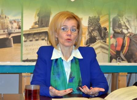"""Biro şi-a corectat CV-ul: româna nu-i mai este """"limbă străină"""", ci """"limbă de cetăţean"""""""