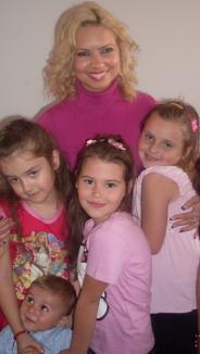 Spectacol cu Ilaria la Orăşelul Copiilor