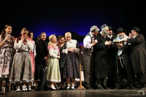 Trupa Iosif Vulcan a Teatrului Regina Maria s-a întors din turneu