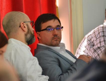 Vrerea UDMR: viceprimar în Oradea şi vicepreşedinte la Judeţ. Restul funcţiilor, târguite la sfârşitul lunii. Un fost secund al lui Pasztor, promovat de Cseke la Minister