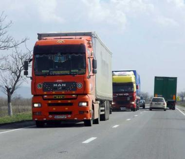 De sâmbătă seară, camioanele au interzis în Ungaria