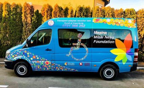 Taxi-ul special: Fundaţia Mihai Neşu a lansat un serviciu de transport pentru bihorenii cu handicap locomotor