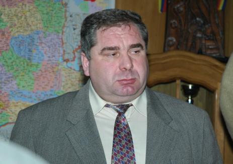 Florian Teuca, fost şef al Poliţiei Felix şi adjunct al Poliţiei Bihor, găsit mort în propria vilă