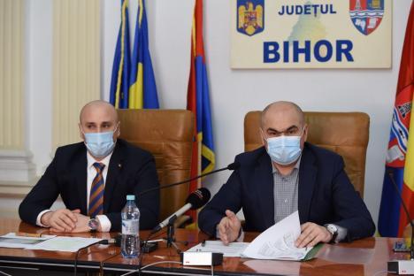 Primarii din Bihor, obligaţi să pună asistaţii la curăţarea localităţilor, altfel vor fi amendaţi. Consiliul Judeţean le cumpără de la mănuşi de lucru până la motocositori