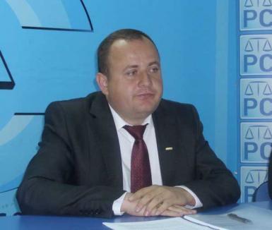 Traian Bodea se plânge de relaţia cu PNL şi propune candidaţi la şefia Primăriei şi CJ, pentru sondajul USL