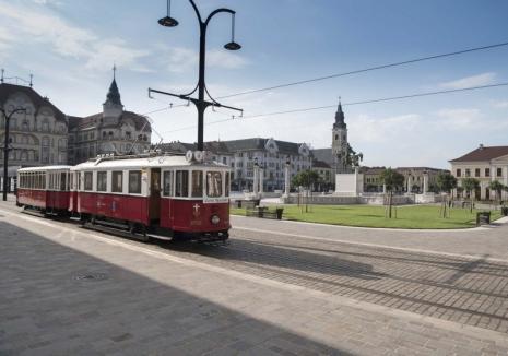 Poftiți în vagoane! Tramvaiul de epocă circulă, în weekend, în Oradea