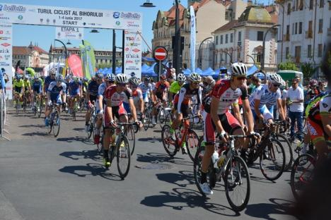 Italianul Matteo Malucelli şi-a adjudecat prima etapă a Turului Ciclist al Bihorului (FOTO)