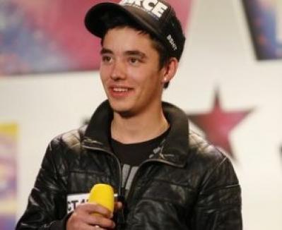 "Adrian Ţuţu, alias Eminem de România, a câştigat finala ""Românii au talent"""