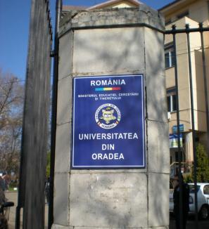 Universitatea a împărţit locurile fără taxă pentru următorul an de studiu