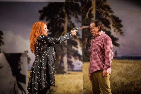 Invitaţie la teatru: Care sunt surprizele Festivalului Internaţional de Teatru de la Oradea
