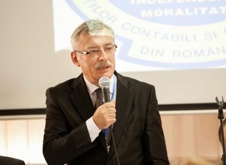 Creştinism de şuşanea: Fostul şef al Experţilor Contabili din Bihor şi-a dat în judecată contestatarii