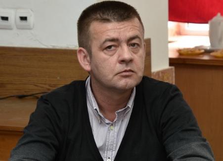 Fostul şef al Parchetului Bihor, Vasile Popa, condamnat definitiv pentru corupţie, a fost eliberat din funcţie de Iohannis