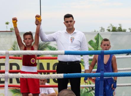 Record de participanţi la Festivalul Internaţional de Box de la Salonta (FOTO)