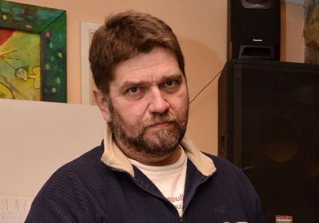 Decizie a Curții de Apel Oradea: Designerul Andrei Zalder, încătuşat pentru pornografie infantilă prin sisteme informatice, rămâne după gratii