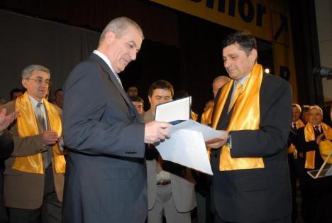 """Fostul primar PNL din Aleşd, Zeno Ţipţer, trece la ALDE, invocând """"frustări personale"""""""