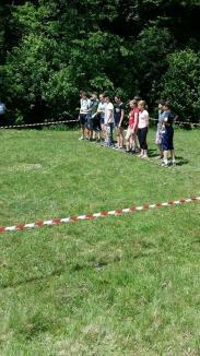 Ziua Liliacului Carpatin: Copii din tot Bihorul au aflat cum arată o zi din viaţa unui păstrăv (FOTO)