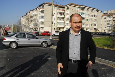 """Ilie Bolojan: """"Nu acceptăm critici de la ecologiştii care nu au participat la plantări"""""""