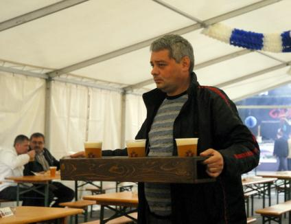 Oktoberfest, sărbătoarea nemţilor, a ajuns la Oradea (FOTO)