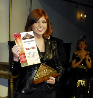 Renata Tolvai a fost premiată în prezenţa ministrului Culturii, la Oradea (FOTO)