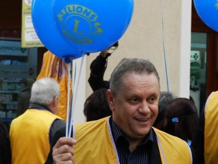 """""""Leii"""" din Oradea au lansat baloane şi au împărţit pliante de conştientizare asupra riscurilor de diabet (FOTO)"""