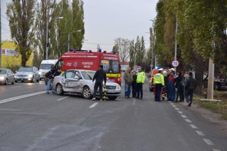 O şoferiţă de BMW X1 a provocat un accident cu două victime pe Şoseaua Borşului (FOTO)