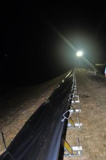 Premieră: Muncitorii ABA Crişuri au simulat inundaţii pe timp de noapte (FOTO)