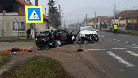 Depăşire ratată: O tânără de 25 de ani din Bihor, rănită grav într-un accident petrecut în judeţul Alba