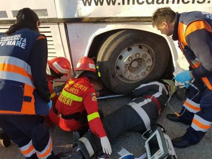 Accident grav pe DN 19, în Satu Mare: Două autobuze s-au ciocnit, 12 persoane rănite (FOTO)