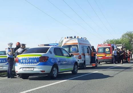 Accident la ieşire din Oradea: Două persoane au ajuns la spital
