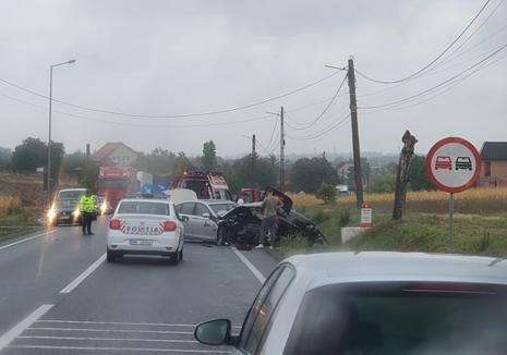 Weekend cu accidente grave în Bihor: Pieton mort în urma unui accident la Sudrigiu, două persoane la spital după ce două mașini s-au ciocnit la Biharia