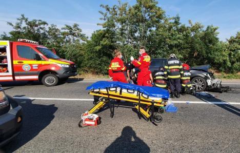 Accident cumplit în Biharia: Două persoane au murit, între care un copil de 6 ani! (FOTO / VIDEO)