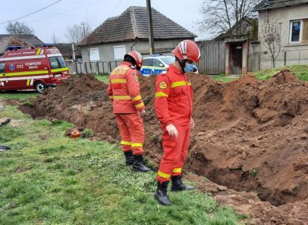 Accident de muncă în Bihor: Un muncitor a murit după surparea unui mal de pământ