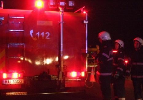 Accident pe DN 79: Un tânăr de 19 ani a murit carbonizat, la intersecţia cu drumul ce duce spre Homorog