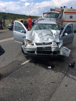 A vrut să întoarcă pe linie dublă continuă! Doi orădeni, soț și soție, au murit într-un accident în Hunedoara (FOTO)