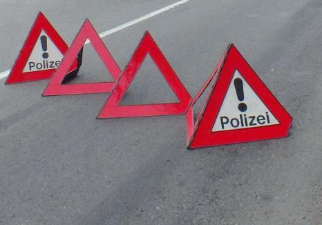 Cu vidanjera în şanţ: un tânăr de 25 ani a urcat fără permis la volan și s-a răsturnat